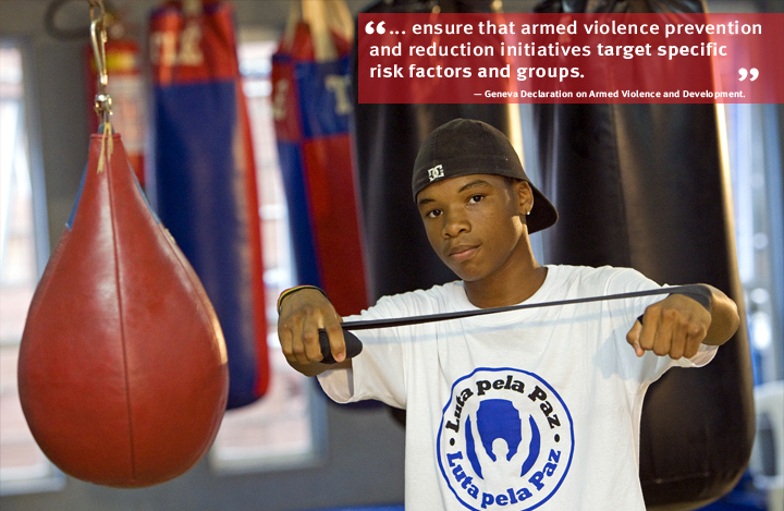 Brazil: Luta Pela Paz (Fight for Peace) uses boxing and other martial arts as part of its education and personal development programme for the youth for crime- and violence-affected communities in the favelas in Rio de Janeiro. Photo: Axel Griesch/Luta Pela Paz